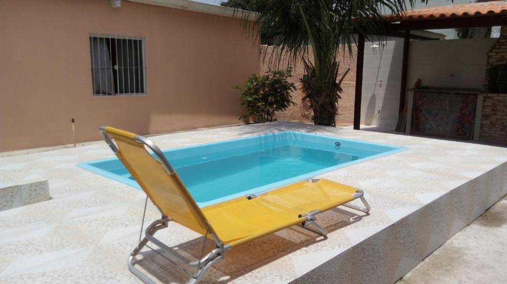 Het zwembad bij of vlak bij Casa temporada Cabo Frio p/até 10 pessoas