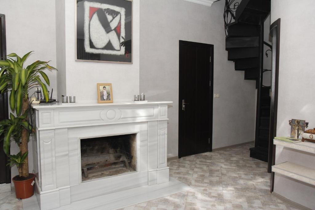 Guest House Gamardjoba