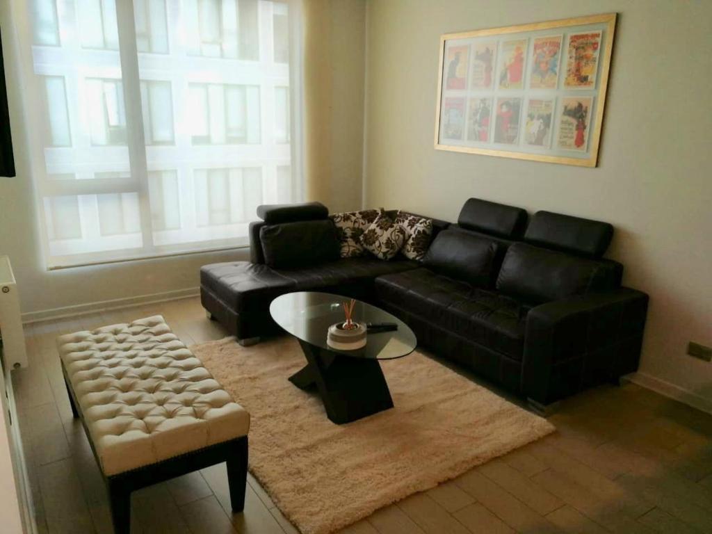 Zona de estar de Avenida Las Condes 12523