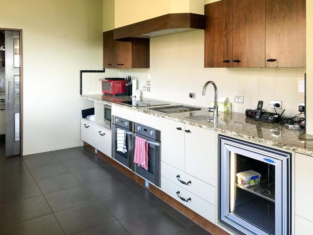 Waipuna Estate