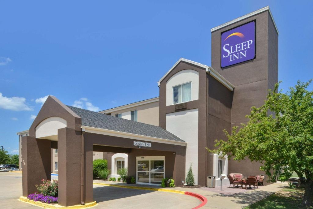 Springdale Hotels, Motels & Accommodations
