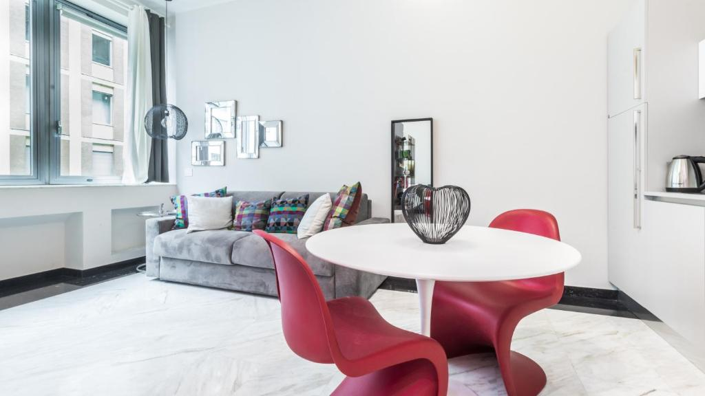 Apartment Italianway Baracchini 9 Milan Italy Booking Com