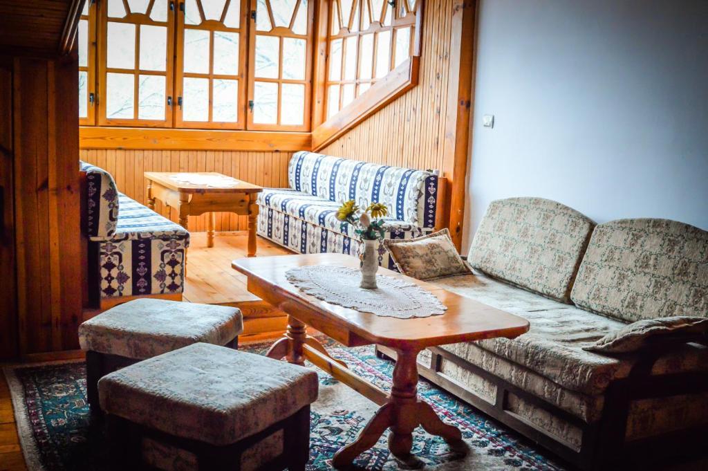 Кът за сядане в Комплекс Галерия - сем. хотел Св. Георги 1