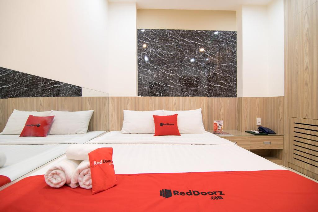 RedDoorz Plus near Gia Dinh International Hospital 2