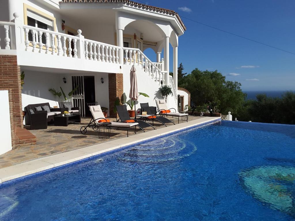 Villa Nadia (Spanje Benalmádena) - Booking.com