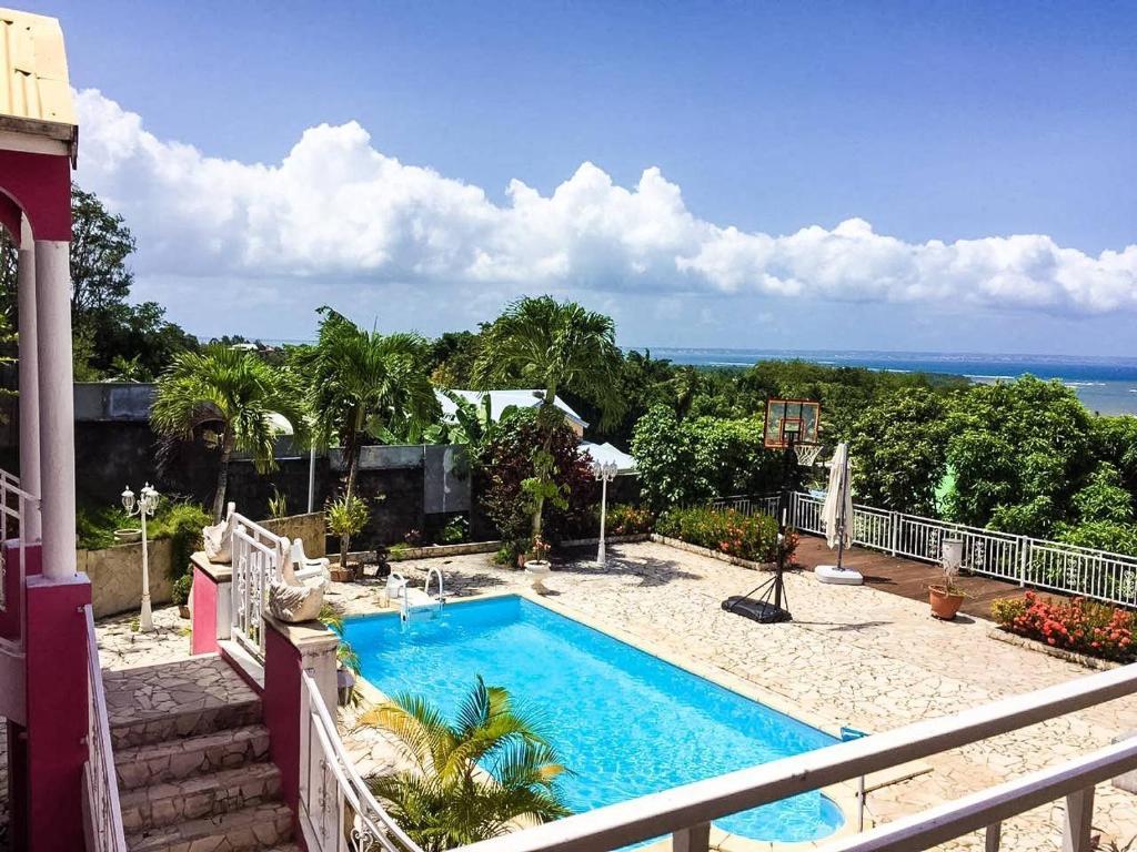 Haut De Villa Vue Mer 180 Avec Piscine Goyave Guadeloupe