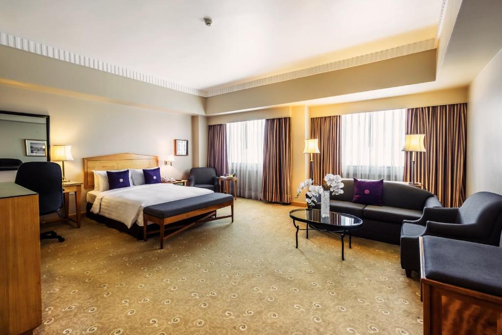 Duxton Hotel Saigon