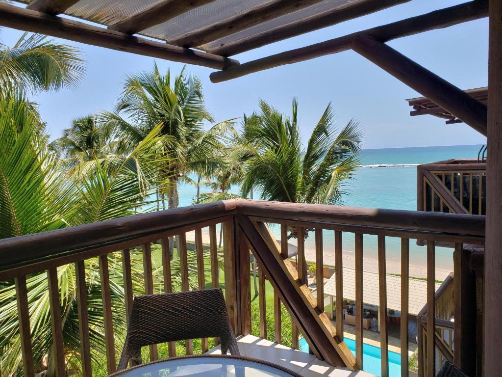 A balcony or terrace at Barra Bali - Luxo e Paraiso