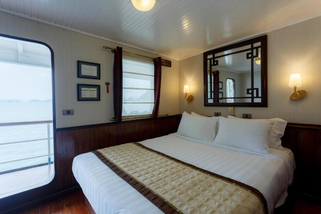 Room #34727729