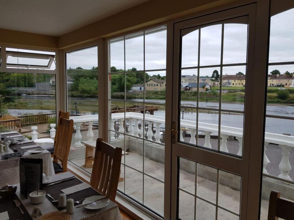 Pourquoi Pas De Volets En Irlande the rivers edge guest house, killorglin – tarifs 2020