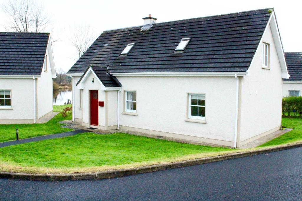Cabin 3, Belturbet, Glen Updated 2020 Prices - tonyshirley.co.uk