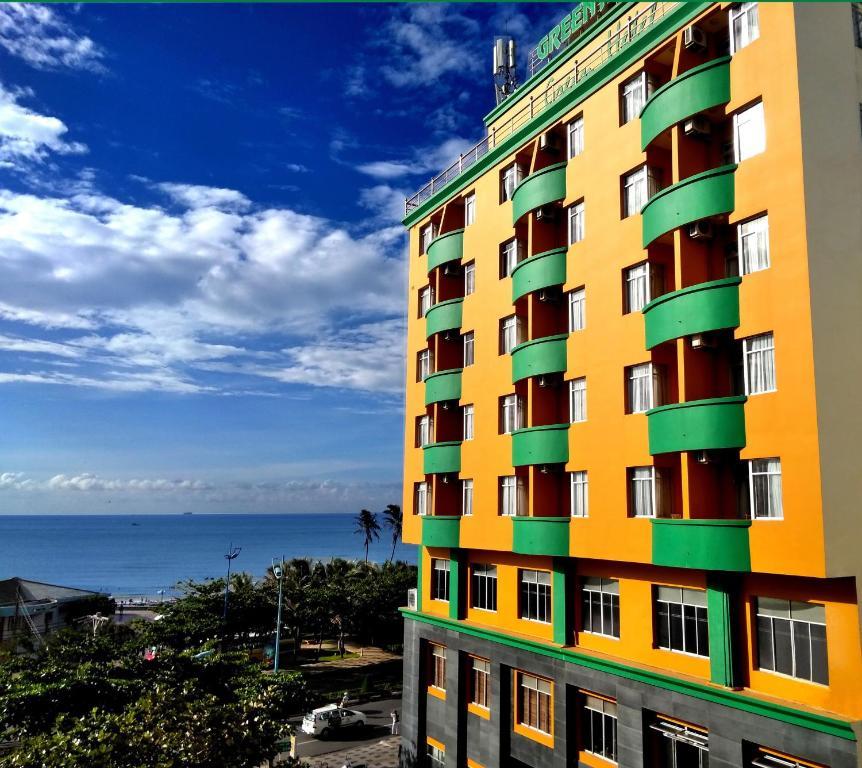 Khách sạn Green