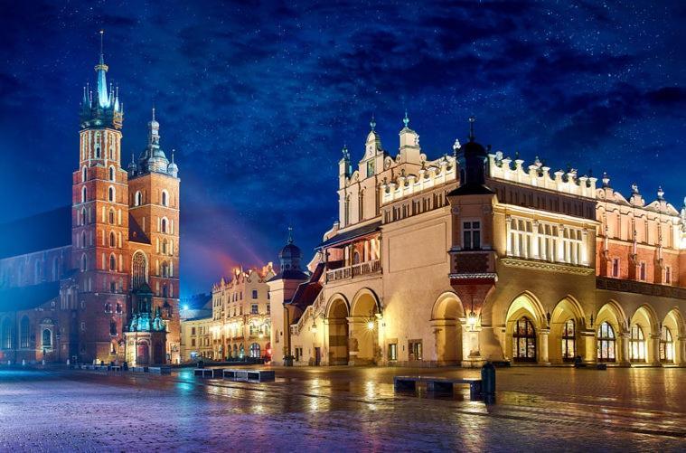 Words & Swords Apartments (Польша Краков) - Booking.com