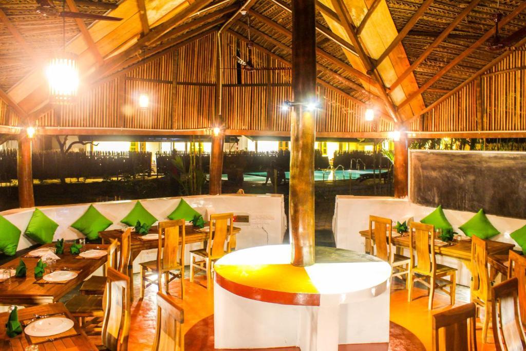 Ocean Wind Beach Resort Шри Ланка