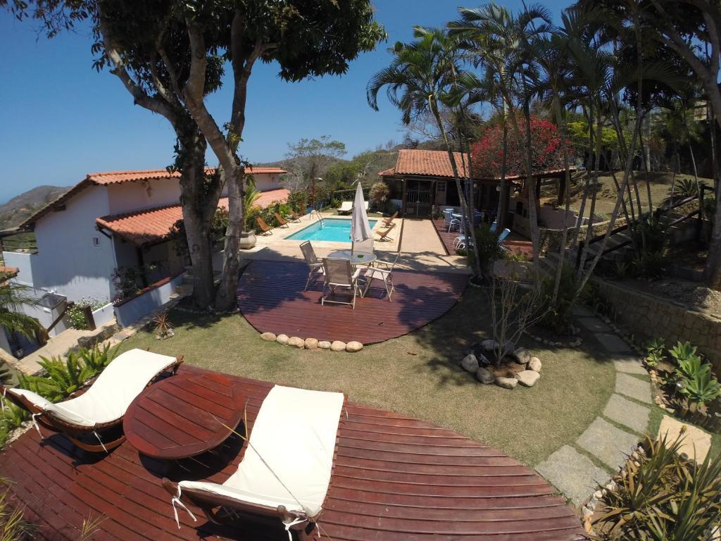 A piscina localizada em Pousada Akaroa ou nos arredores