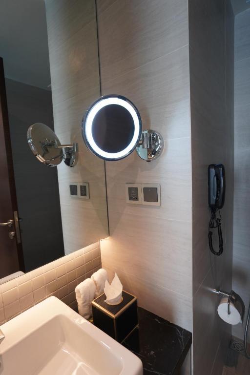 Phòng Premium Deluxe 2 Giường Đơn có Ban Công