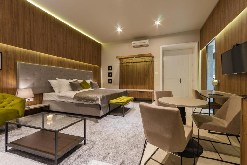 Apartment Dezman Luxury Center Zagreb Croatia Booking Com
