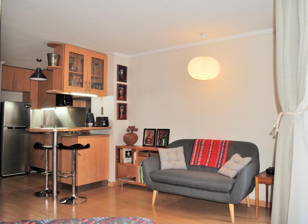 Zona de estar de Studio Apartment En Providencia