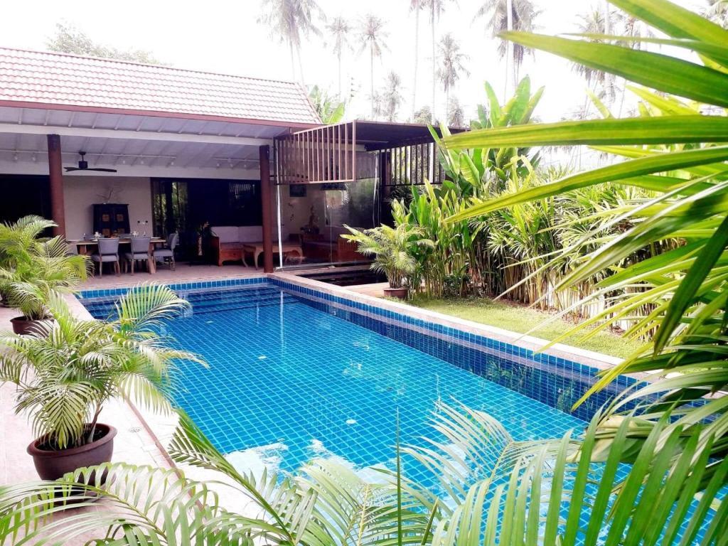 Bassin De Jardin Design Zen la luxueuse villa zen samui, ban thurian, thailand - booking