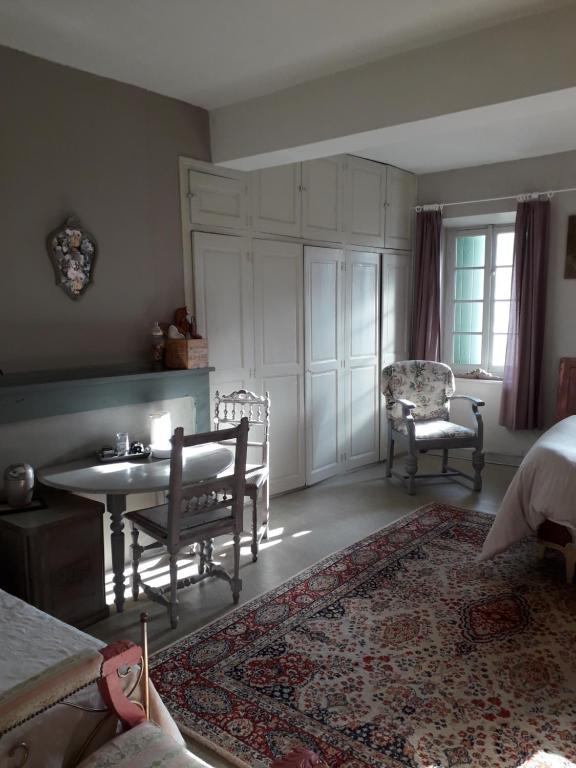 Coin salon dans l'établissement Gîte de charme pres de Carcassonne