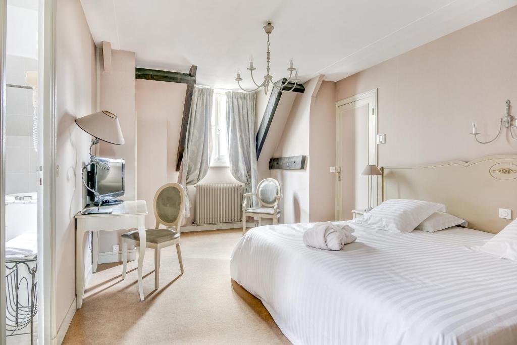 Hôtel Le Maxime Auxerre France Booking Com