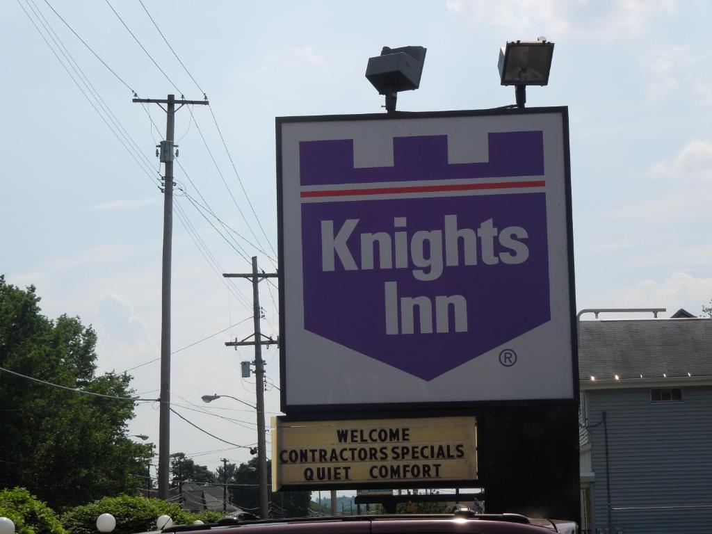 Knights Inn Endwell