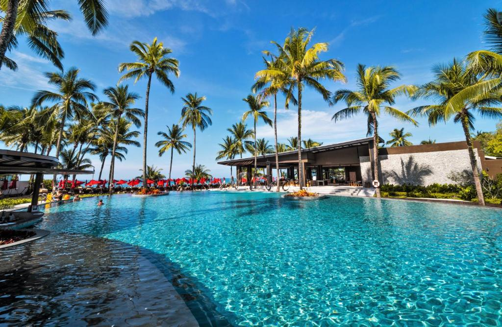 The swimming pool at or close to Ramada Resort by Wyndham Khao Lak