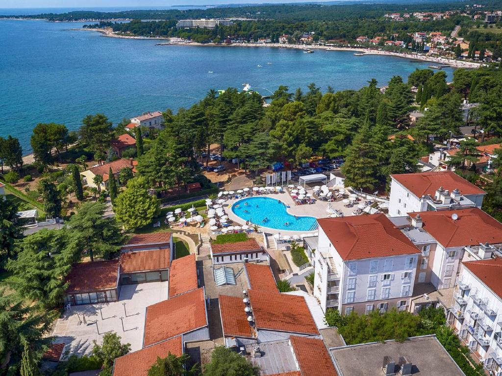 A bird's-eye view of Valamar Pinia Hotel