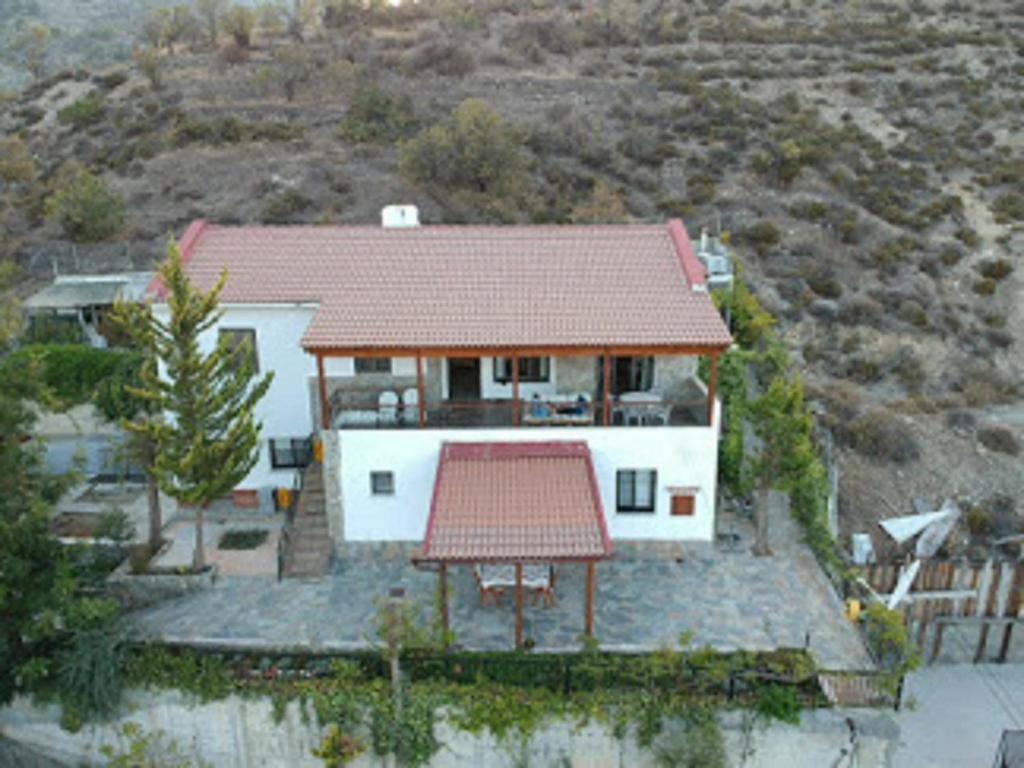 Skats uz naktsmītni Danai Village House no putna lidojuma