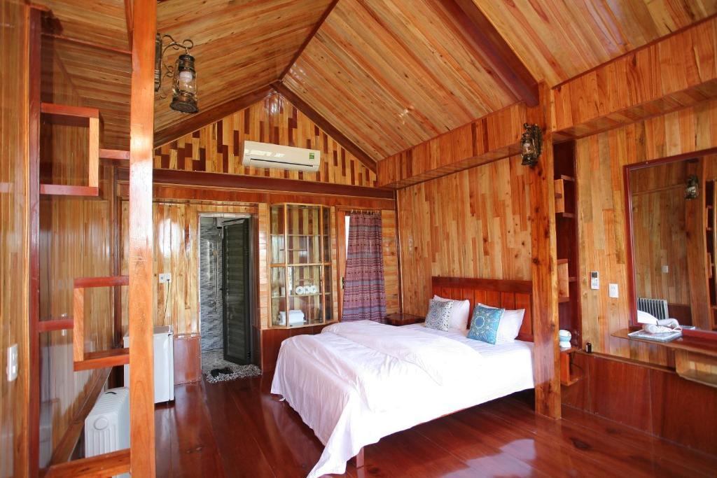 Phong Nha Mountain House