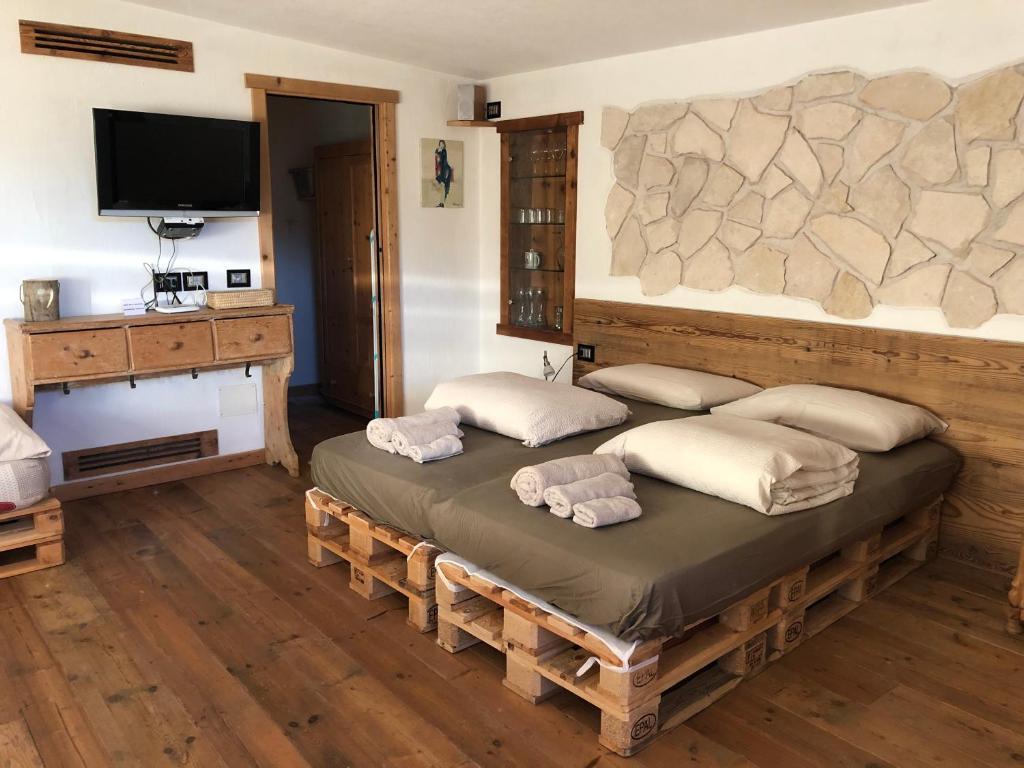 La Sdraia O La Sdraio.Appartamenti La Pratolina Castello Di Fiemme Italy Booking Com