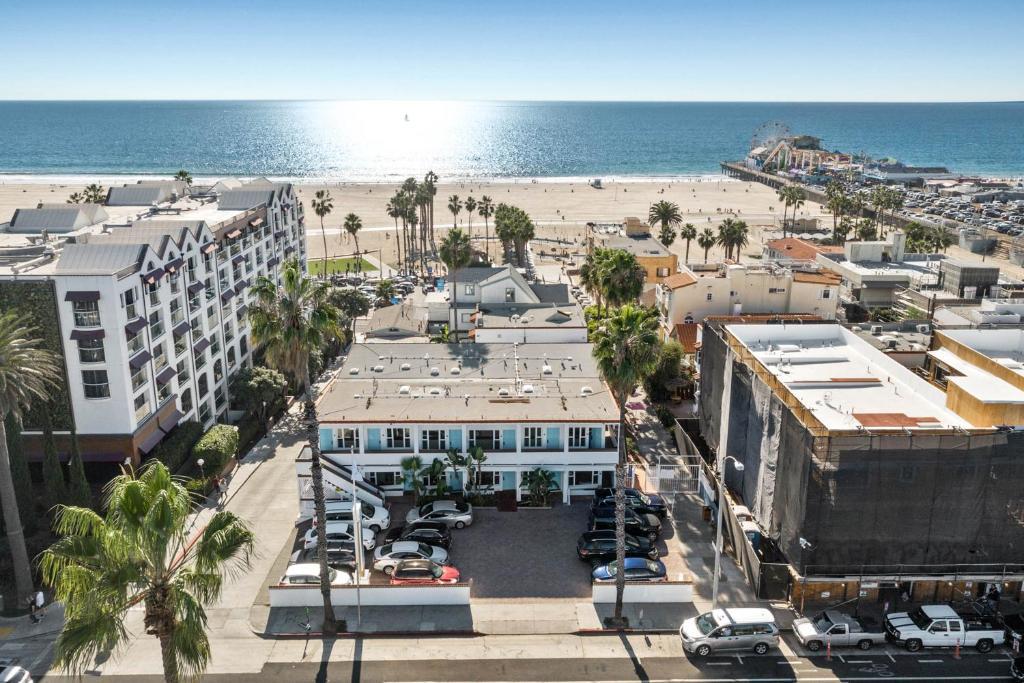 A bird's-eye view of Sea Blue Hotel