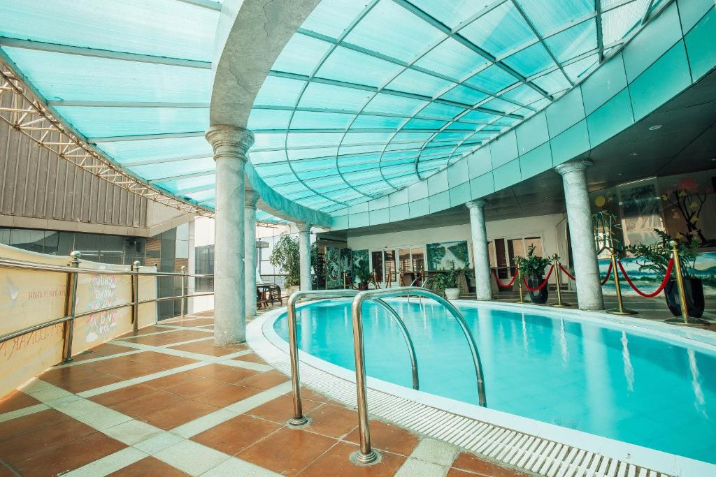 Muong Thanh Vinh Hotel