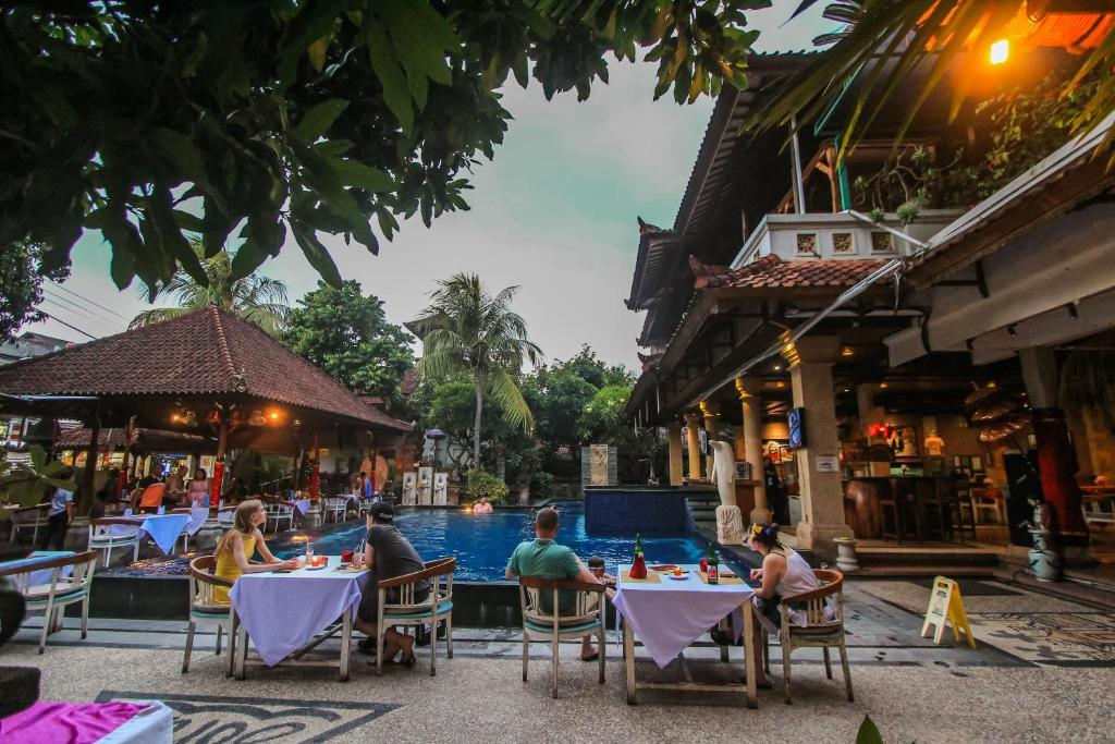 A restaurant or other place to eat at Legian Village Hotel