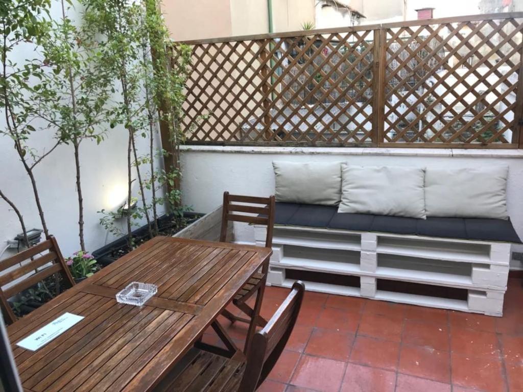 Adamastor apartment flat with terrace in adamastor, lisbon, portugal