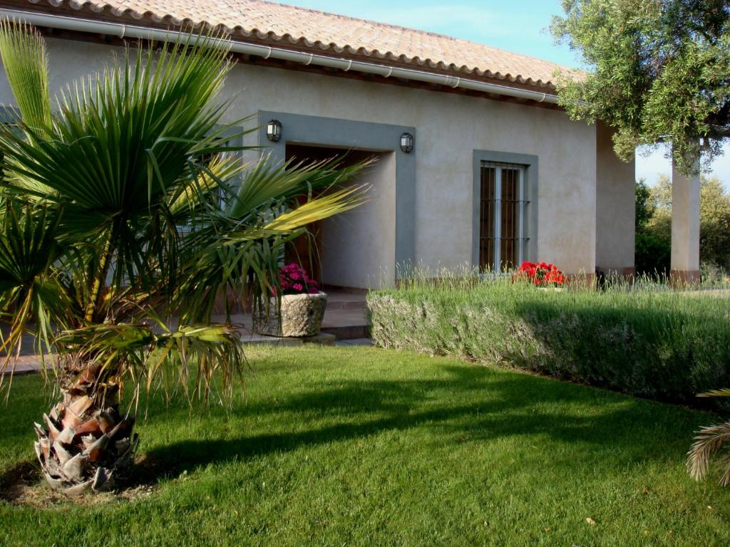 Villa Vivienda Rural Los Cuquillos, Algar, Spain - Booking.com