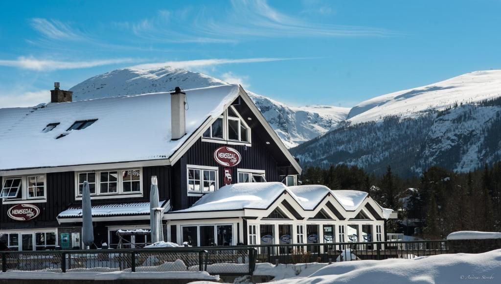 Hemsedal Cafe Skiers Lodge during the winter