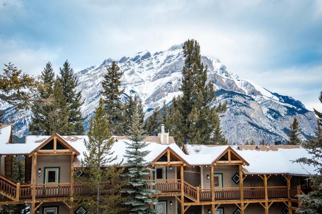 Buffalo Mountain Lodge - Banff