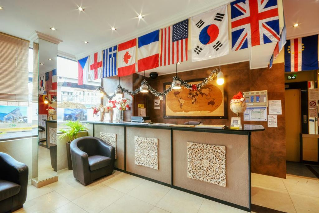 The lobby or reception area at Antares hostel