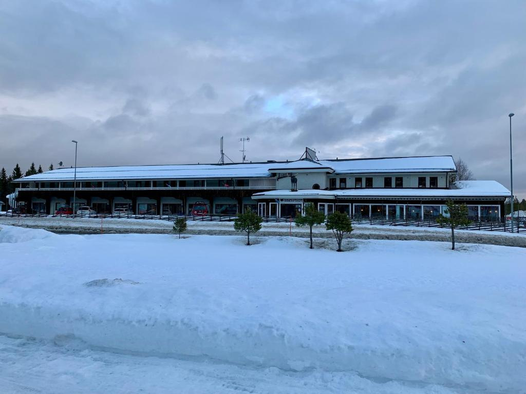 Big Moose Hotell during the winter