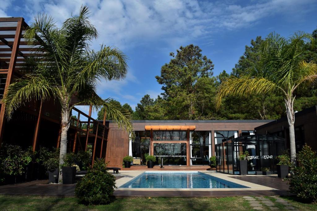 The swimming pool at or close to Puerto Dijama