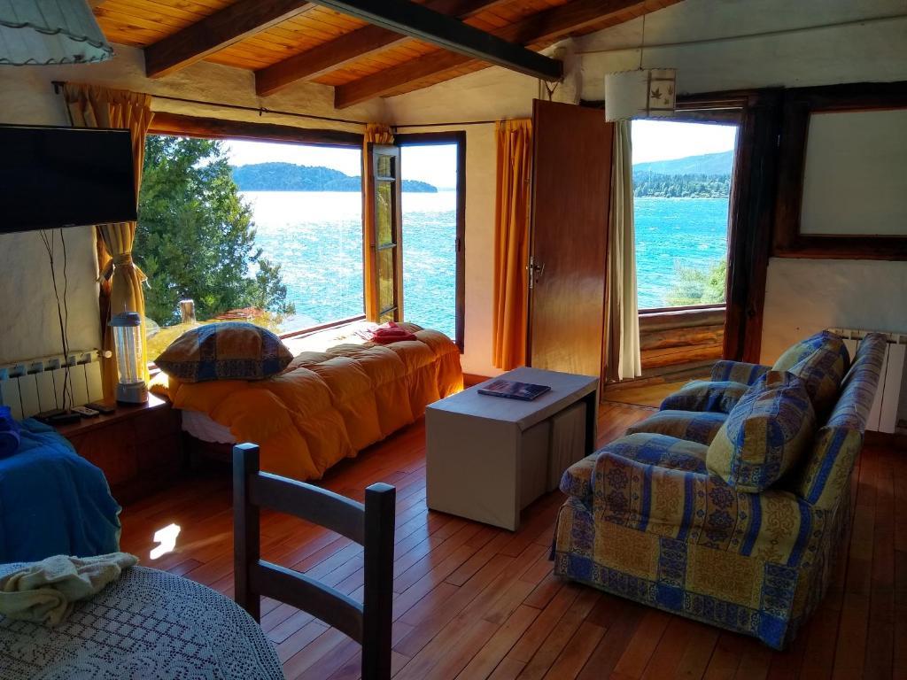 Un lugar para sentarse en Murmullos del Lago
