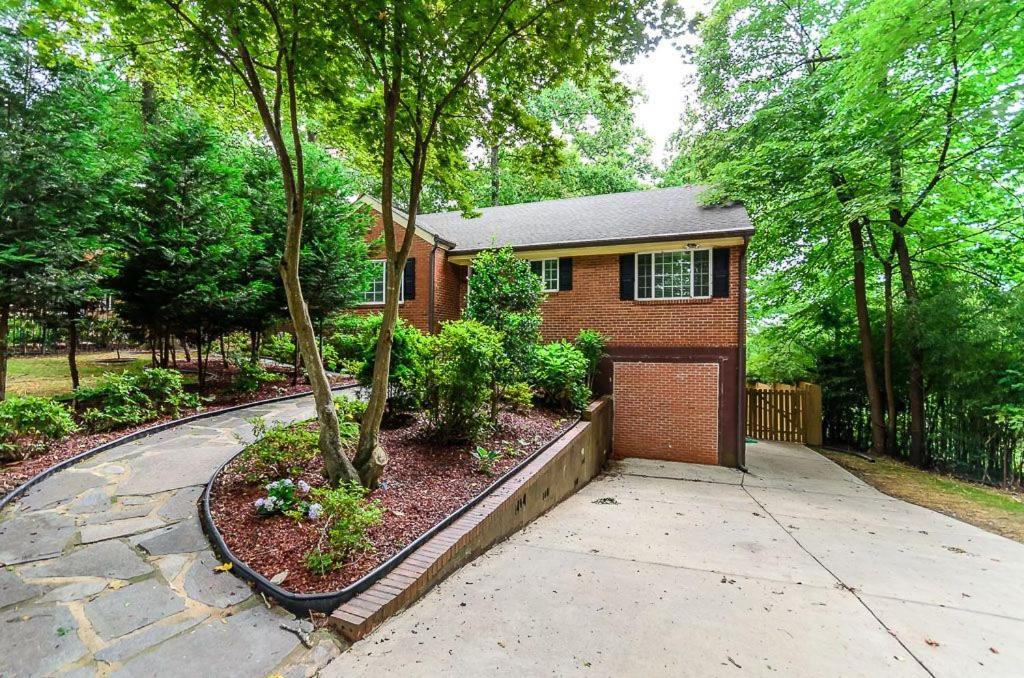 Five-Bedroom Atlanta Home