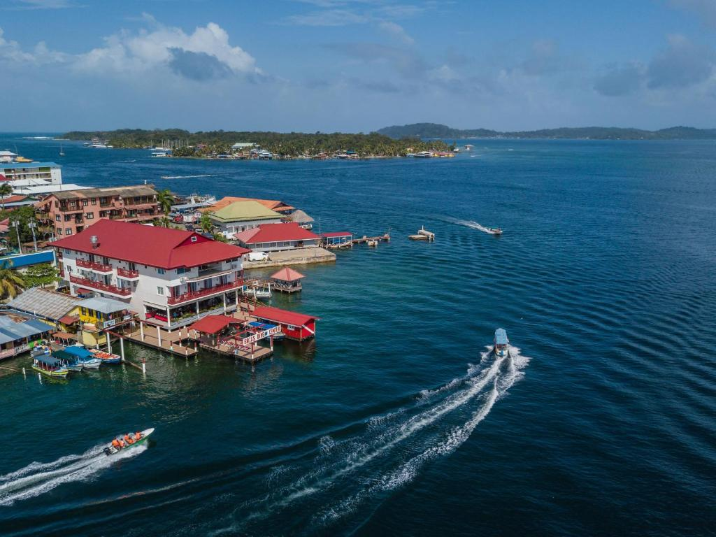A bird's-eye view of Divers Paradise Boutique Hotel