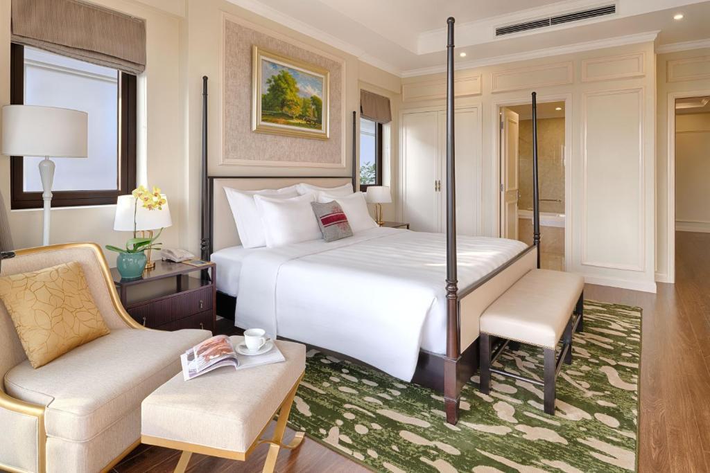 Biệt Thự 4 Phòng Ngủ - Vé Vào Công Viên VinWonders & Safari - Bao 3 Bữa