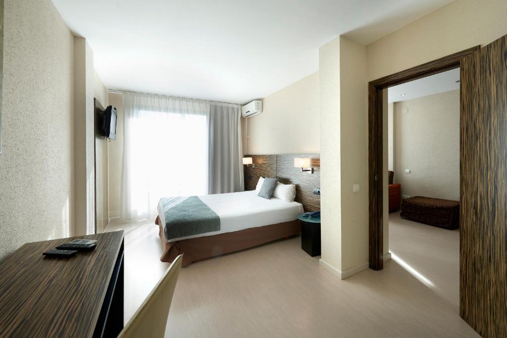 Hotel Eurosalou & Spa (España Salou) - Booking.com
