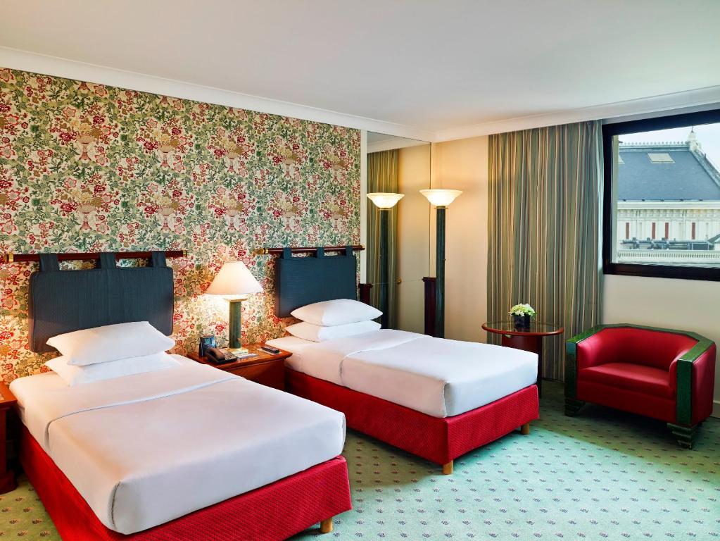 Phòng Hilton Deluxe 2 Giường Đơn