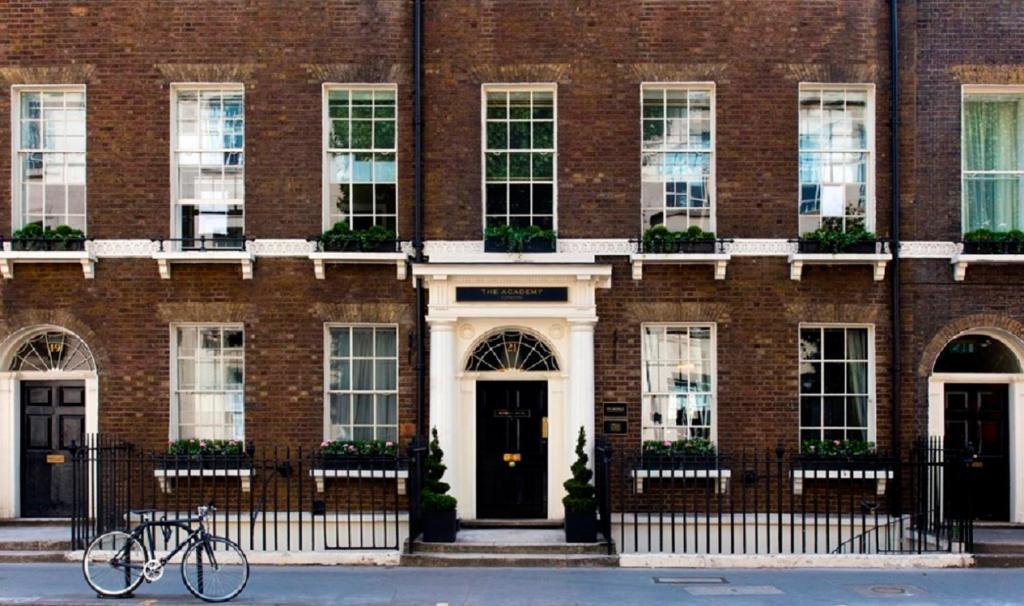 The Academy, Londres – Precios actualizados 2019