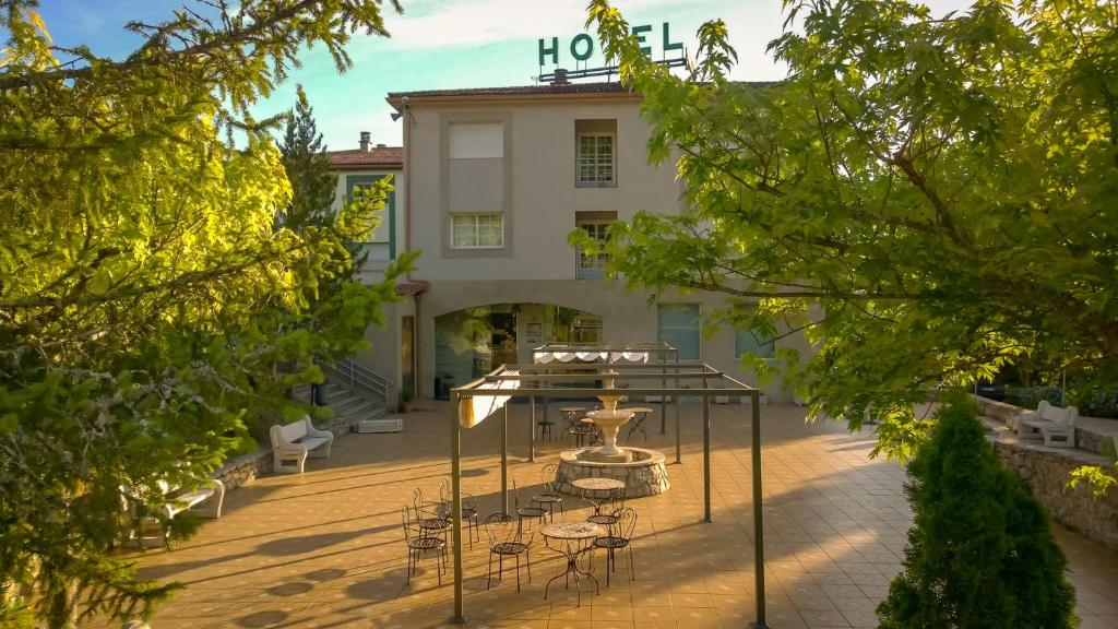 Hotel Cemar, Mondariz, Spain - Booking.com