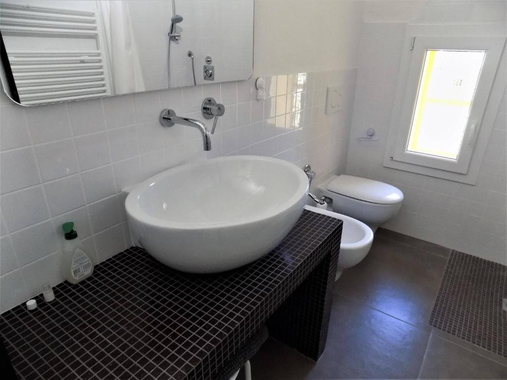 A bathroom at Aeroporto - Villa Saltarelli sopra